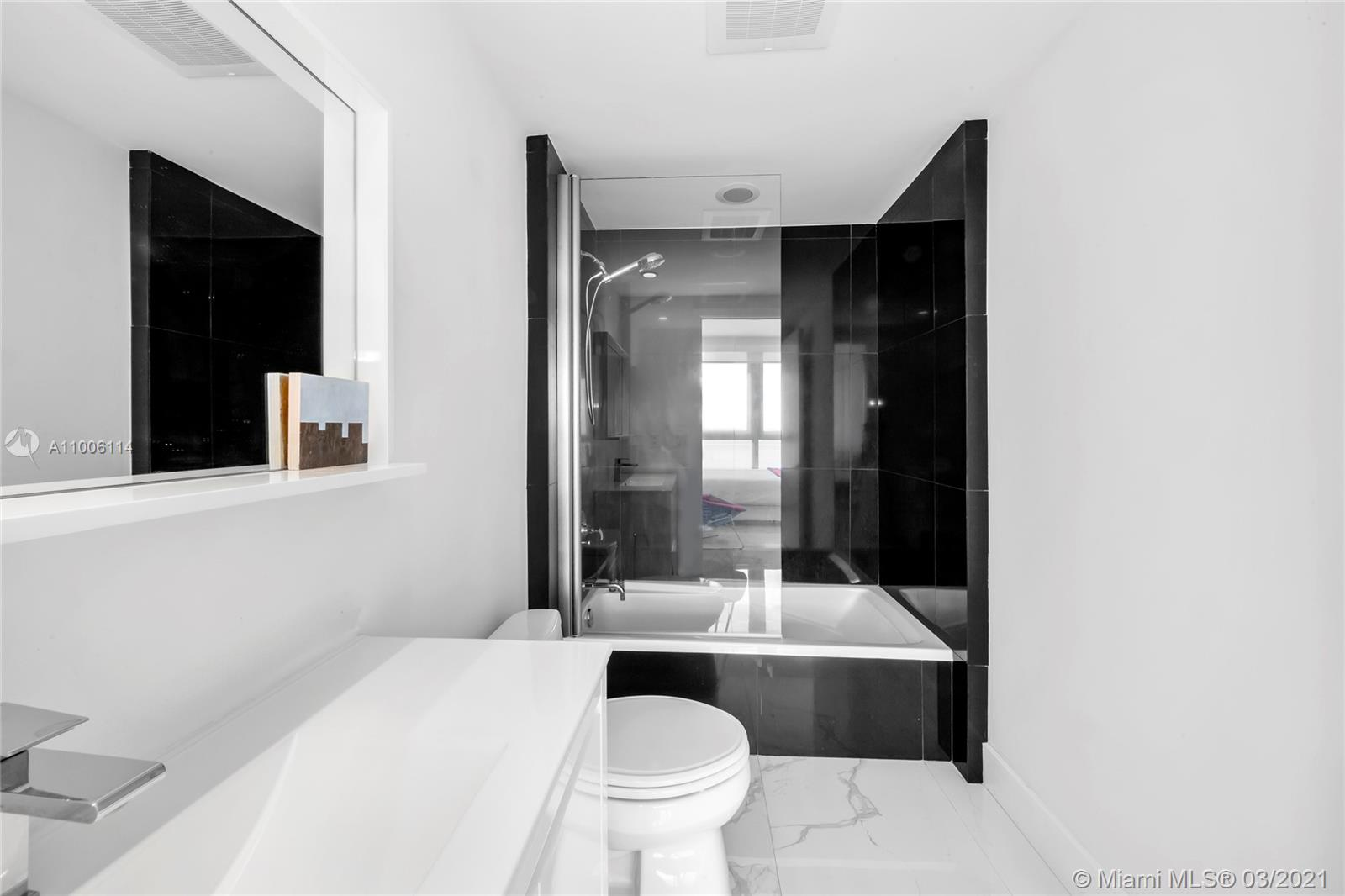 1331 Brickell Bay Dr #1909 photo024