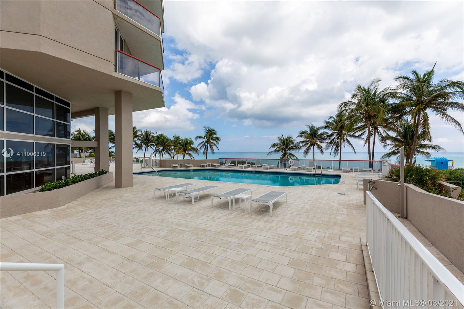 6767 Collins Ave #2108 photo022