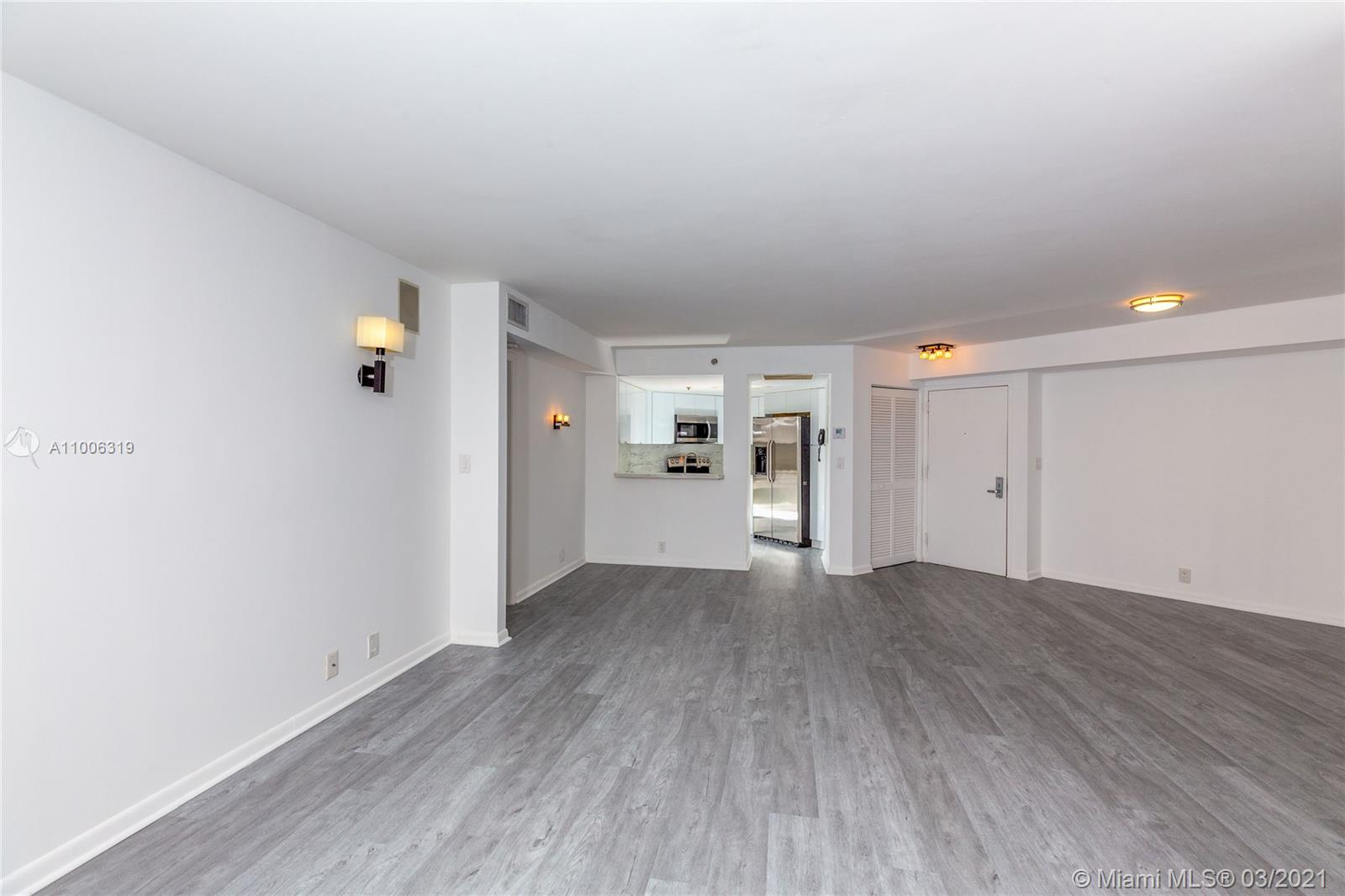 6767 Collins Ave #2108 photo07