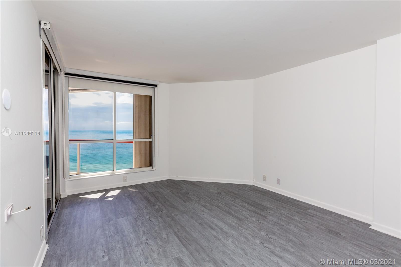 6767 Collins Ave #2108 photo05