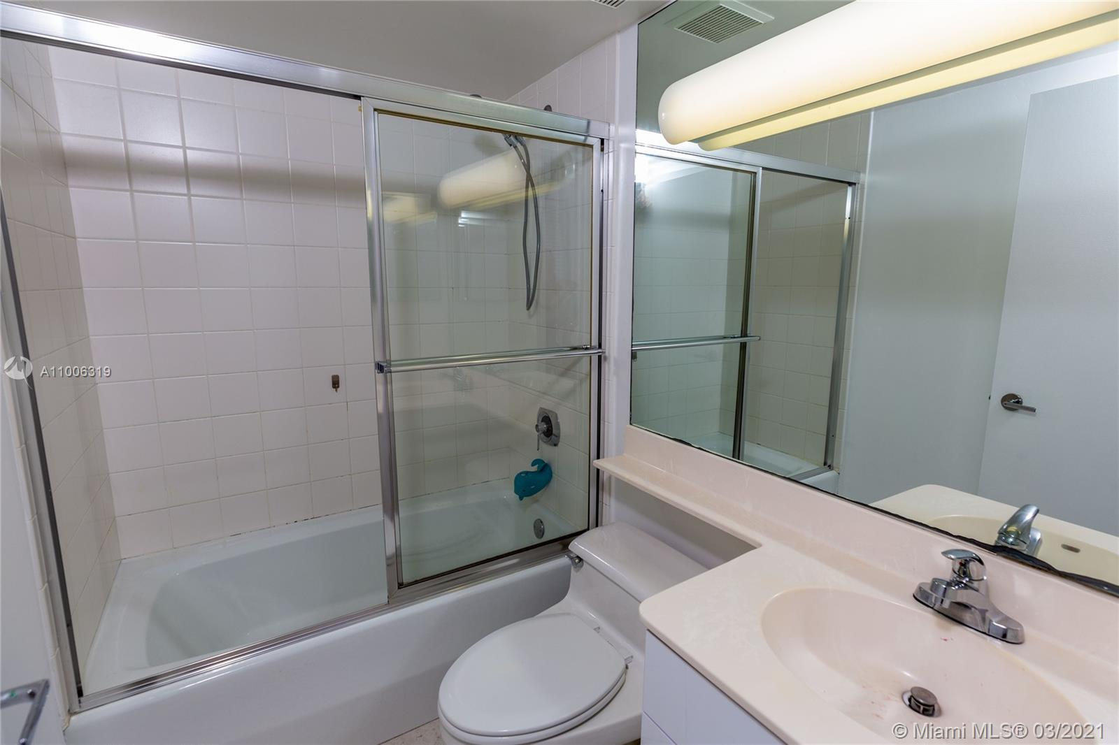 6767 Collins Ave #2108 photo014