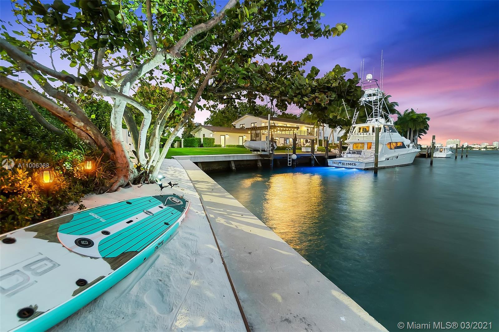 Keystone Point - 12385 Keystone Island Dr, North Miami, FL 33181
