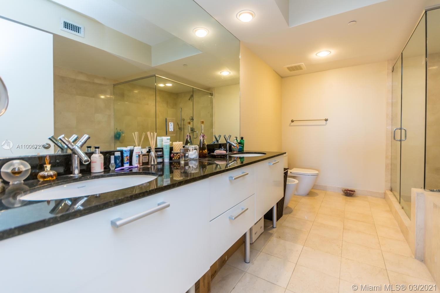 17201 Collins Ave #2904 photo011