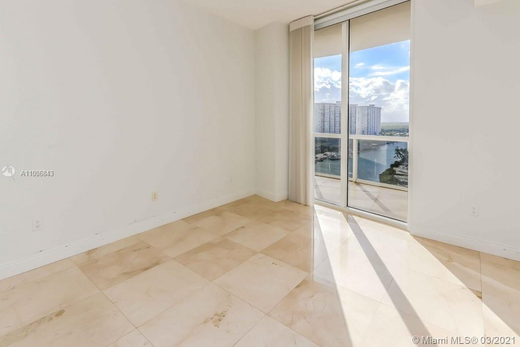 15901 Collins Ave #905 photo015