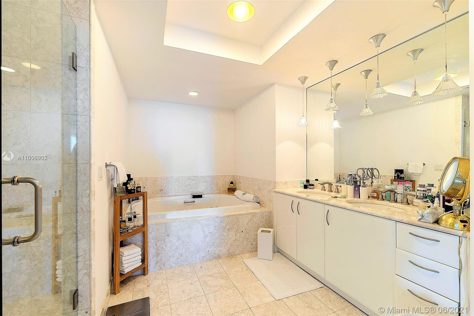 1331 Brickell Bay Dr #1111 photo027