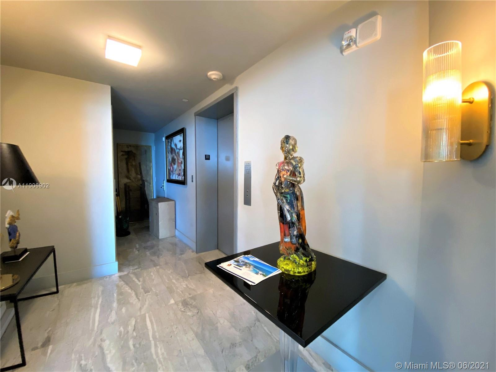 1331 Brickell Bay Dr #1111 photo018