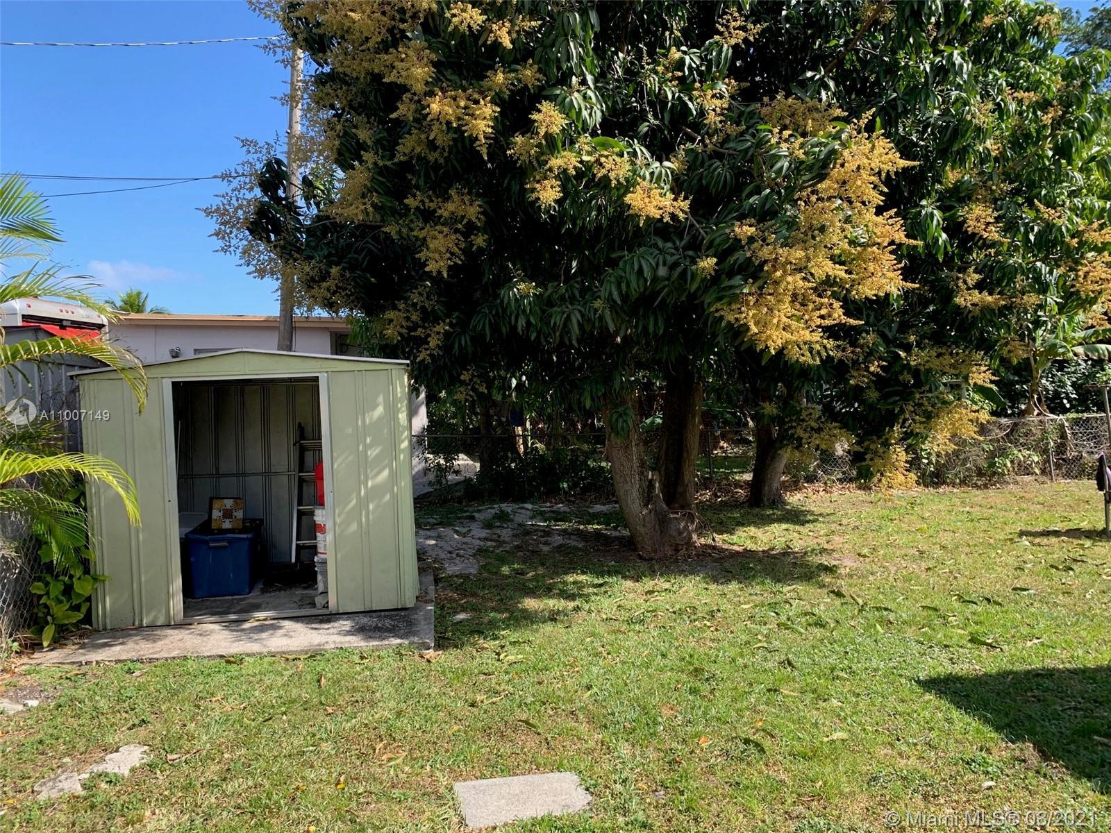 16175 NE 12th Ave photo05