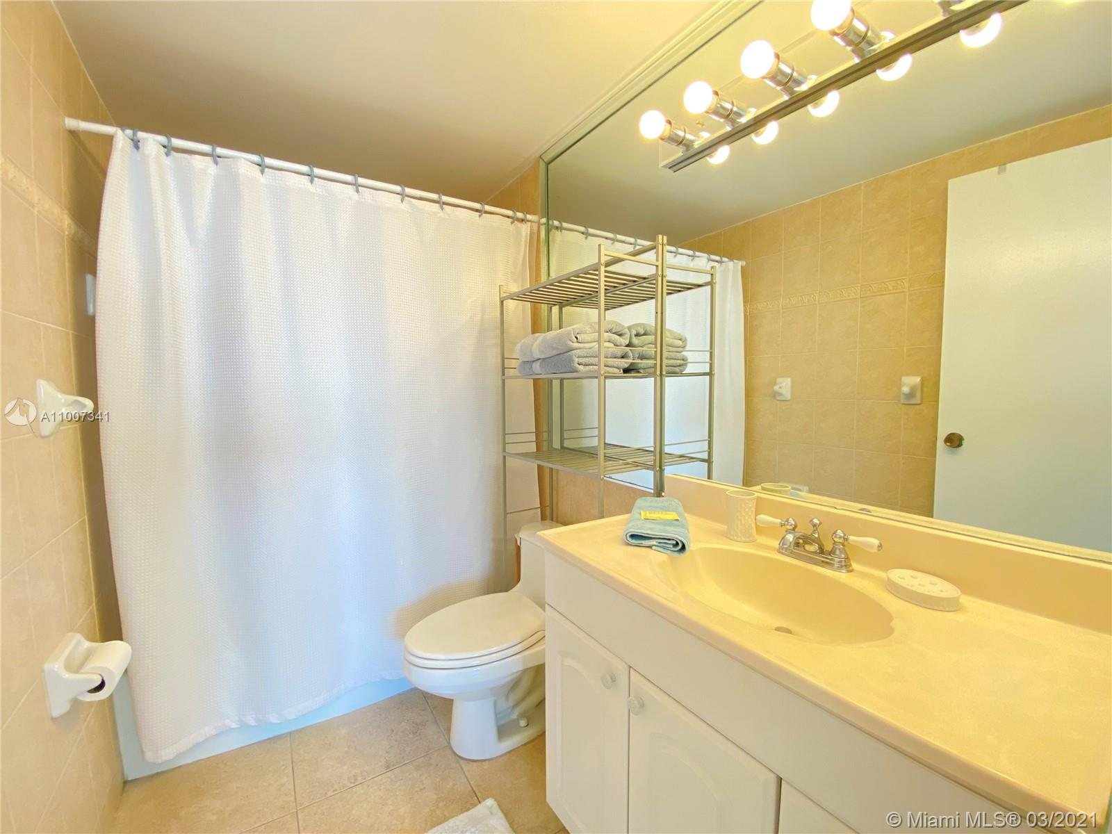 5601 Collins Ave #1219 photo019