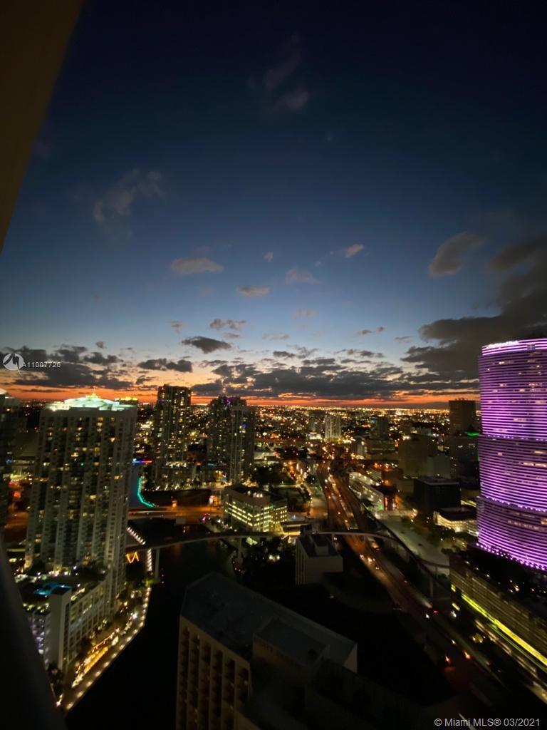 Epic Residences #4512 - 200 Biscayne Boulevard Way #4512, Miami, FL 33131