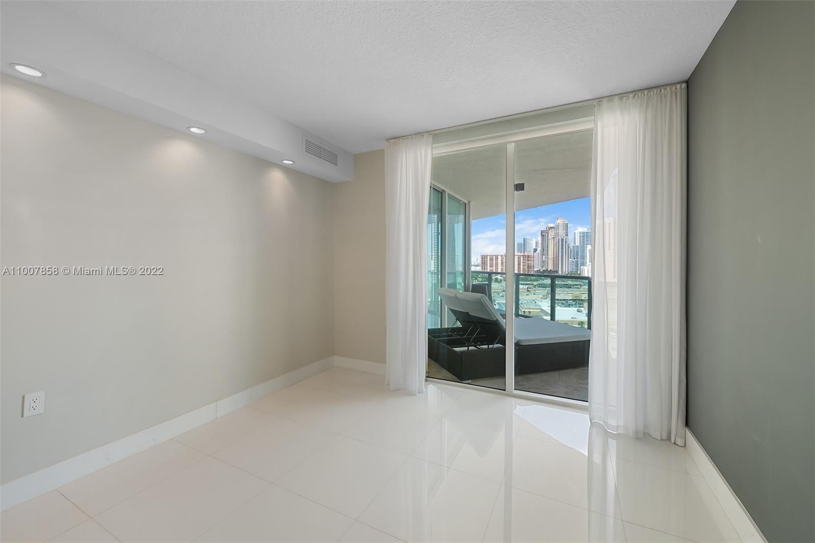 200 Sunny Isles Blvd #2-1502 photo023