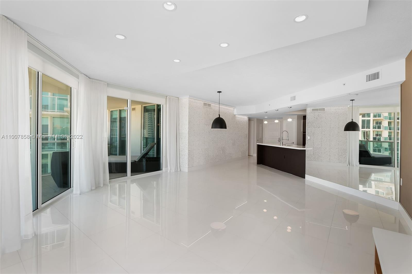200 Sunny Isles Blvd #2-1502 photo07