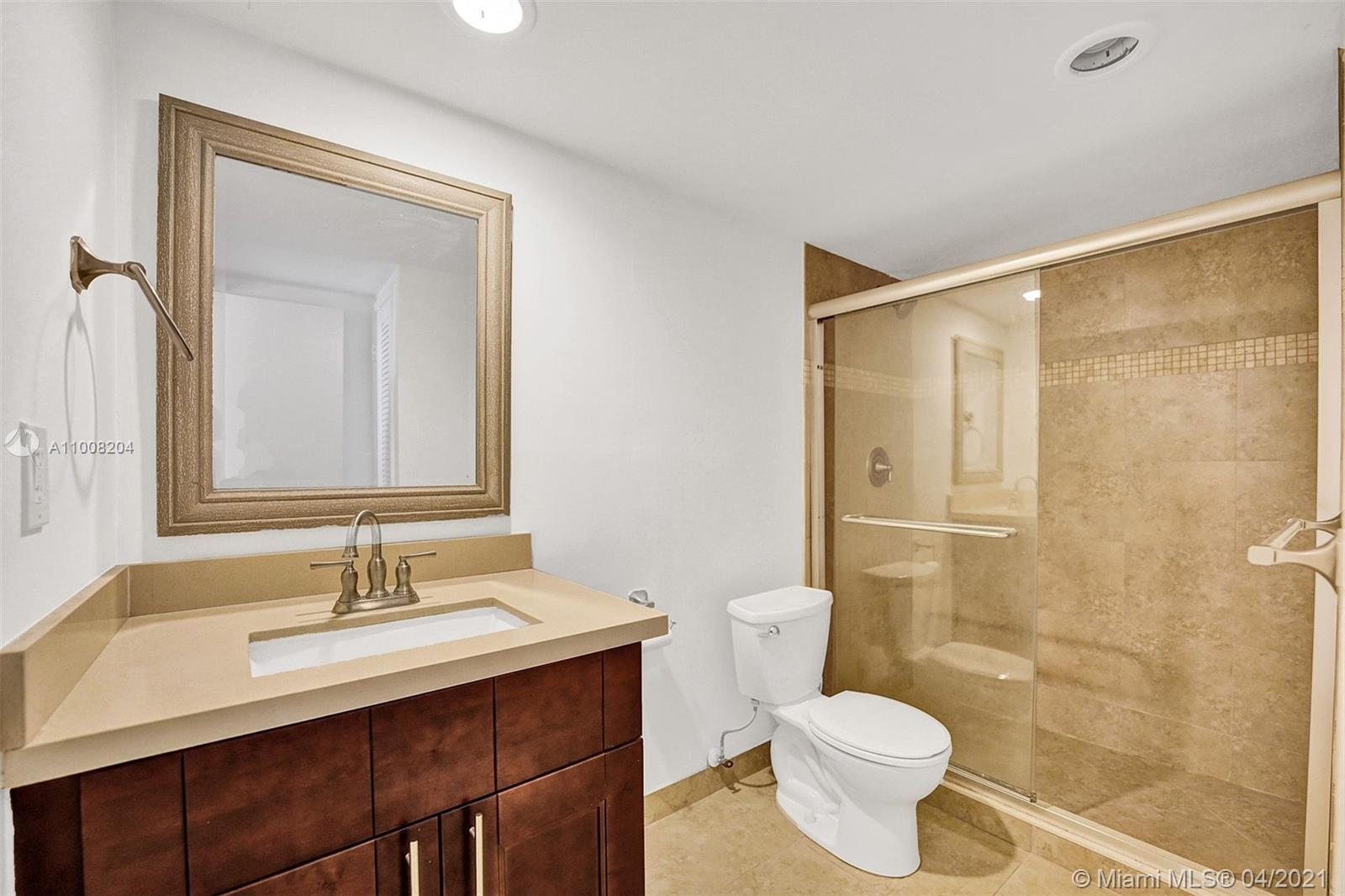 19380 Collins Ave #311 photo023