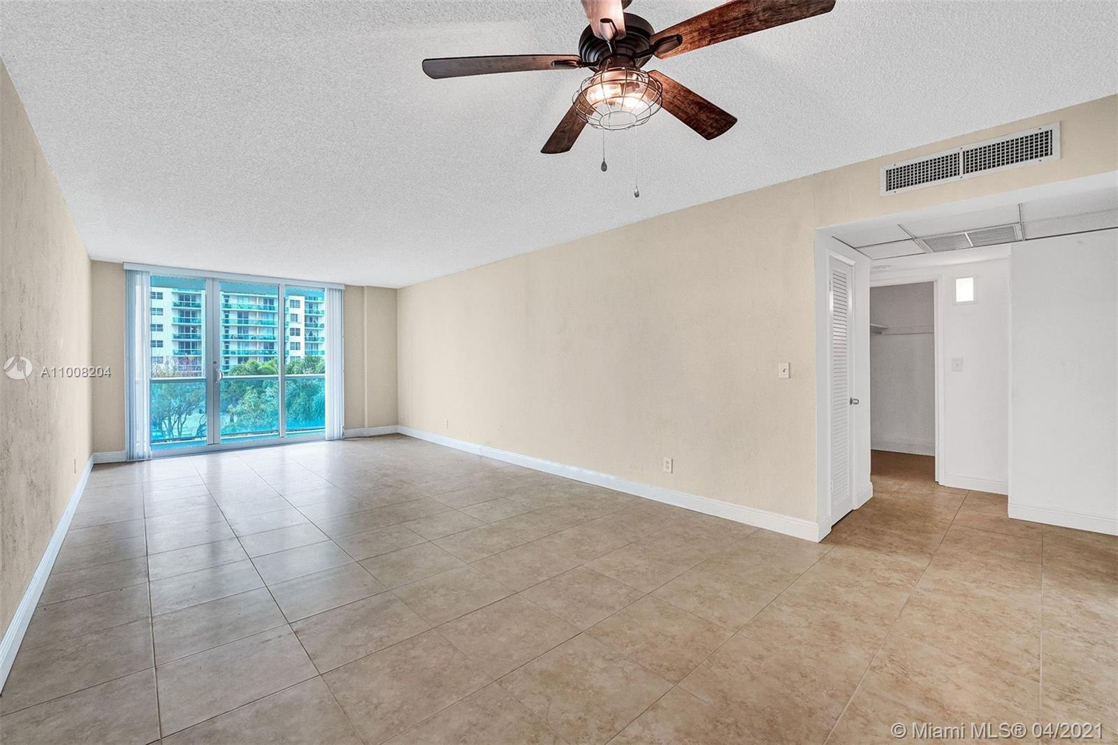 19380 Collins Ave #311 photo013