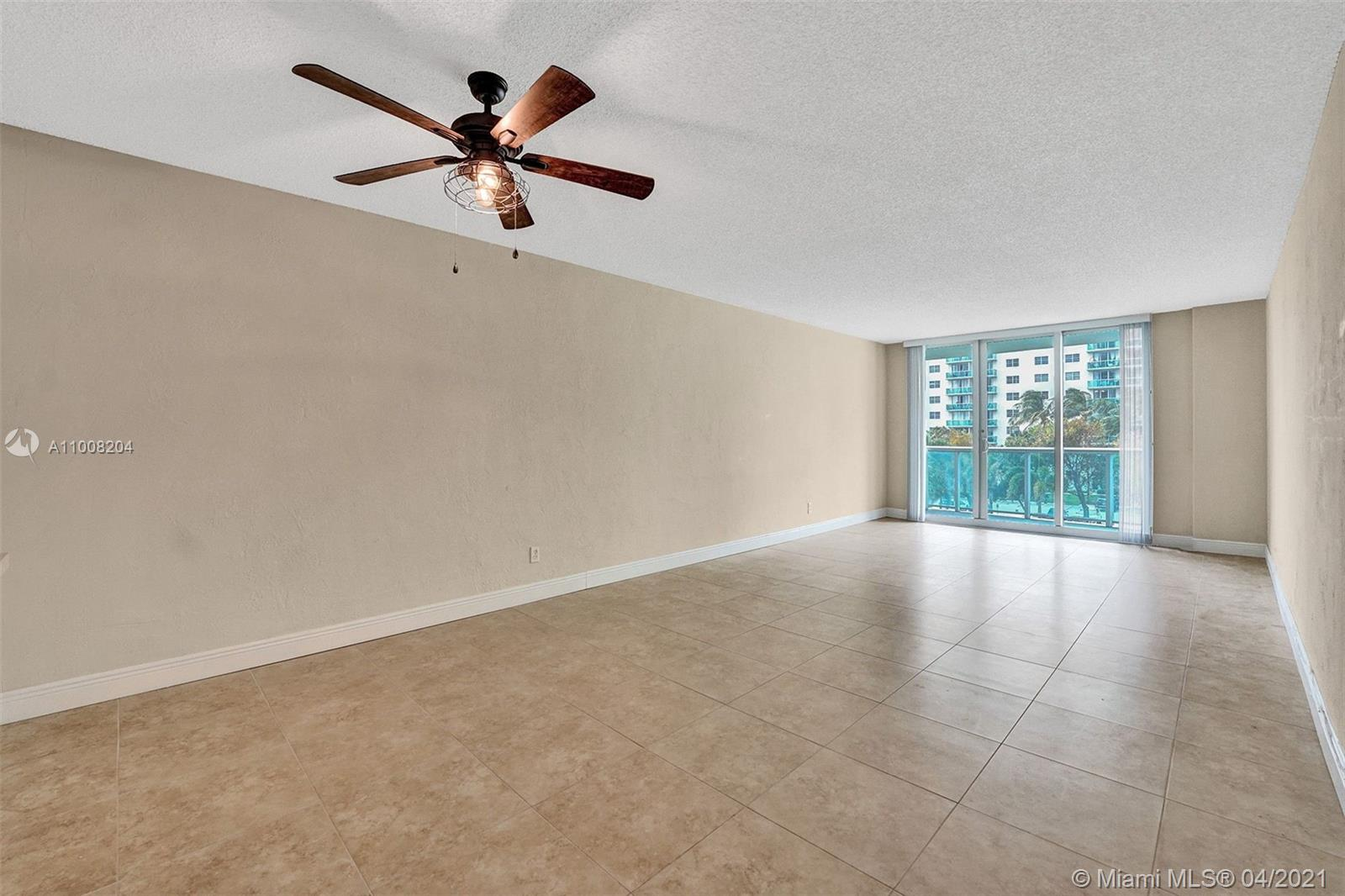 19380 Collins Ave #311 photo012