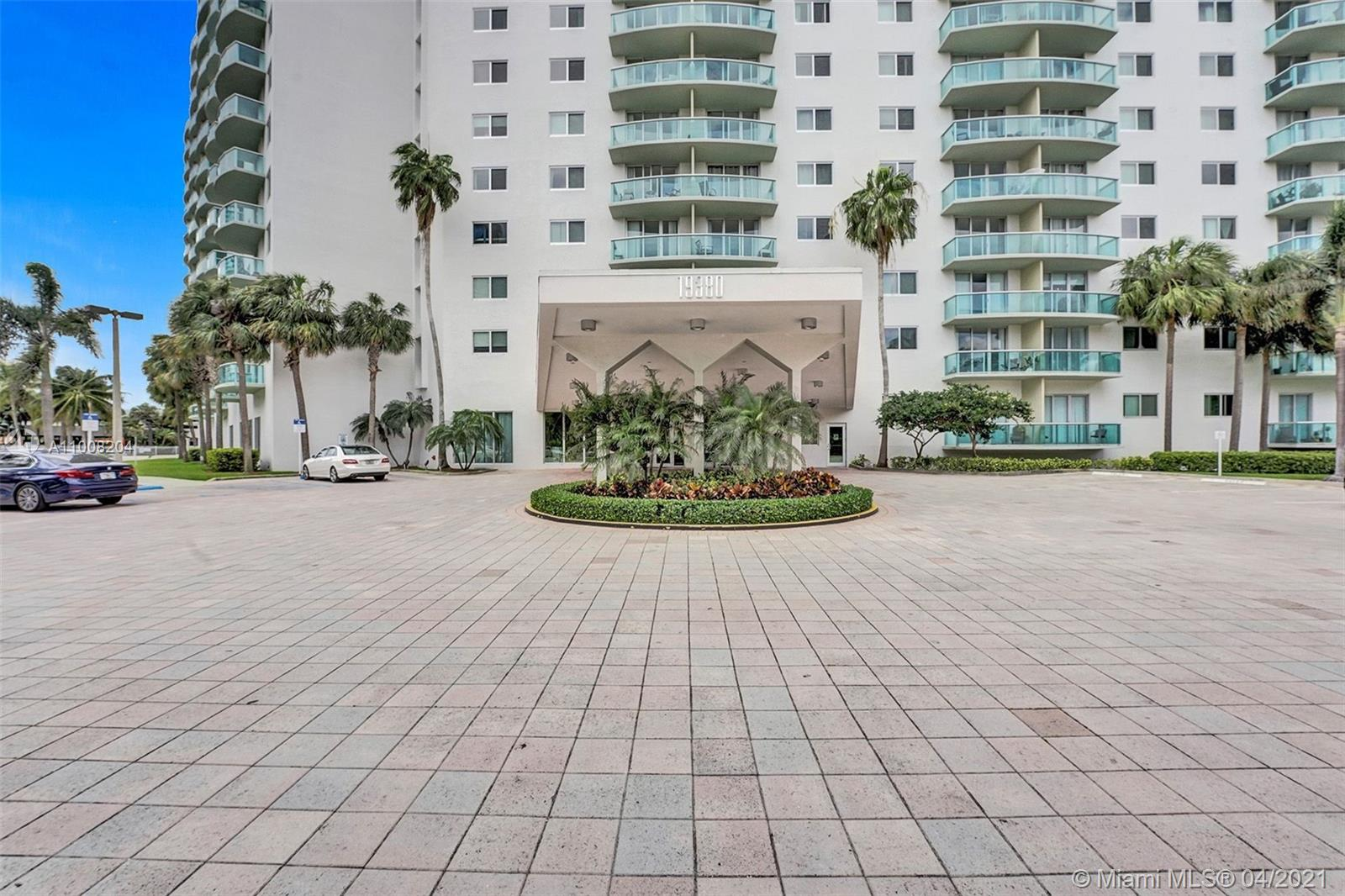 19380 Collins Ave #311 photo030