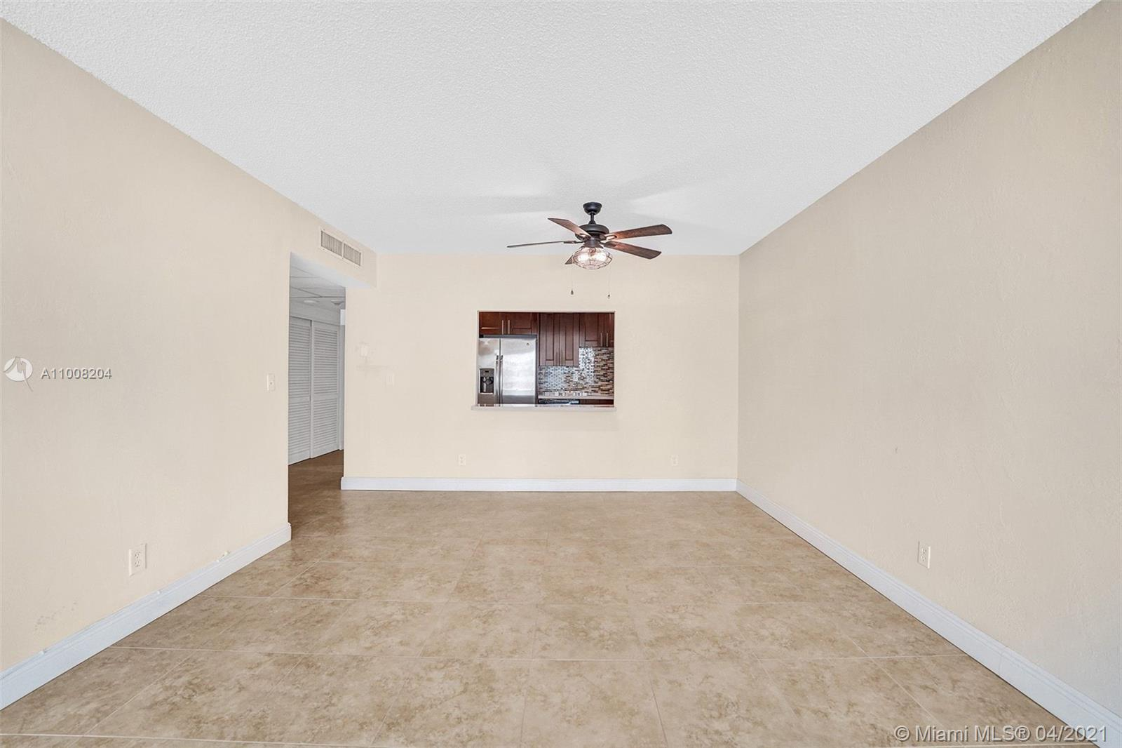 19380 Collins Ave #311 photo014
