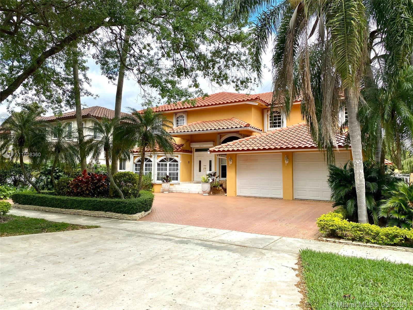 Miami Lakes - 8015 NW 162nd St, Miami Lakes, FL 33016