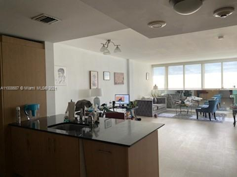 10275 Collins Ave #1528 photo03