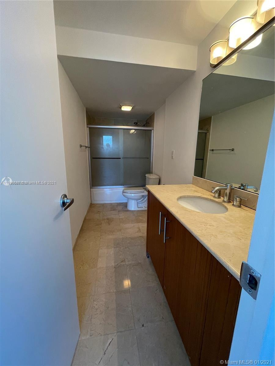 10275 Collins Ave #1528 photo09
