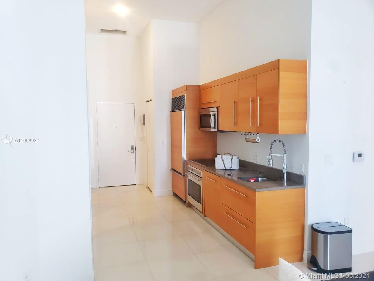 475 Brickell Ave #1408 photo04