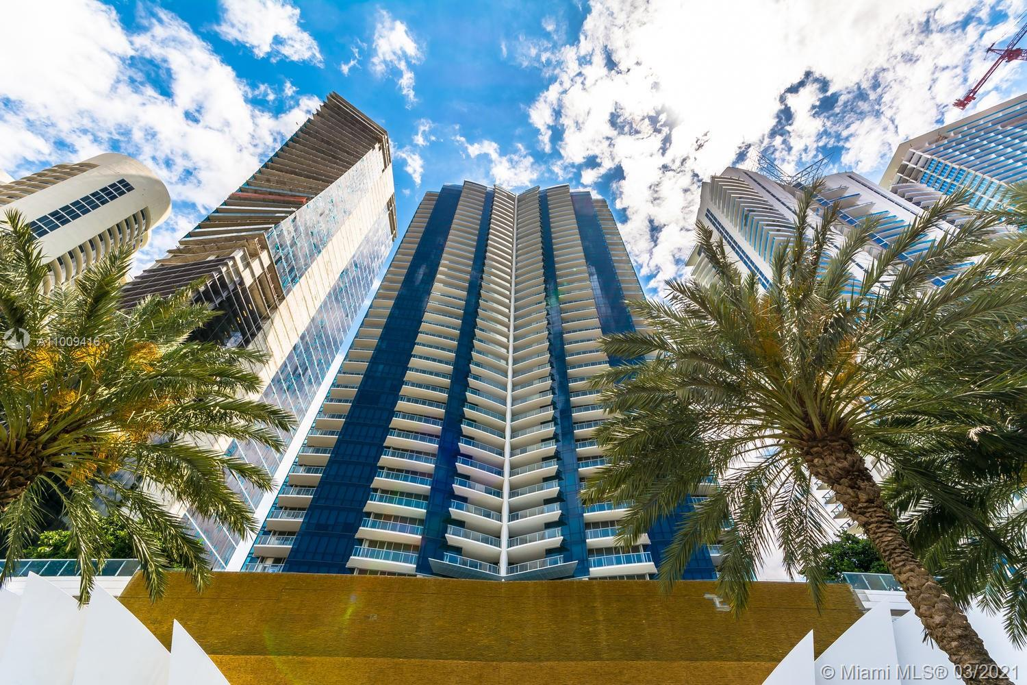 17121 Collins Ave #4301 photo02