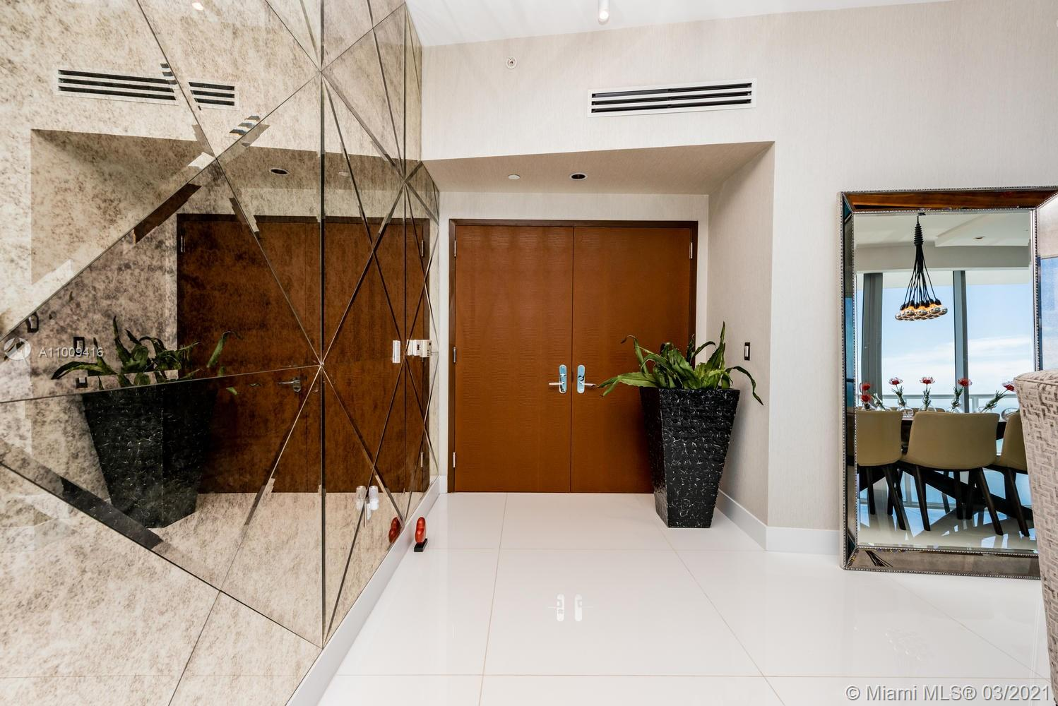 17121 Collins Ave #4301 photo06