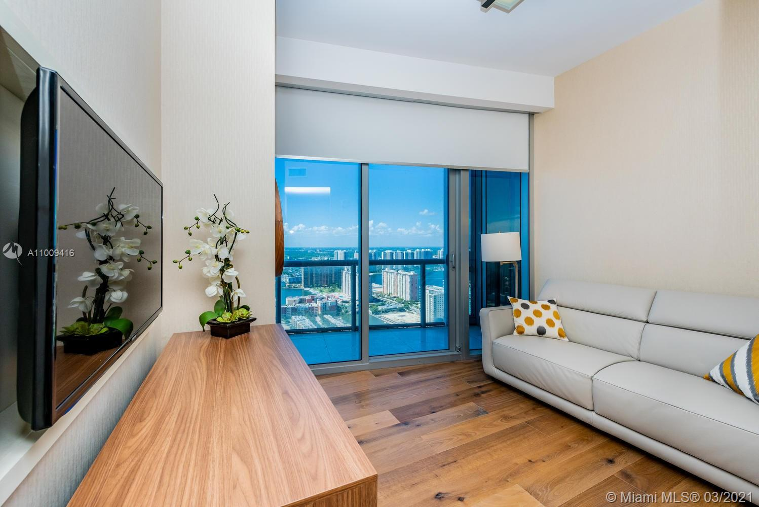 17121 Collins Ave #4301 photo047