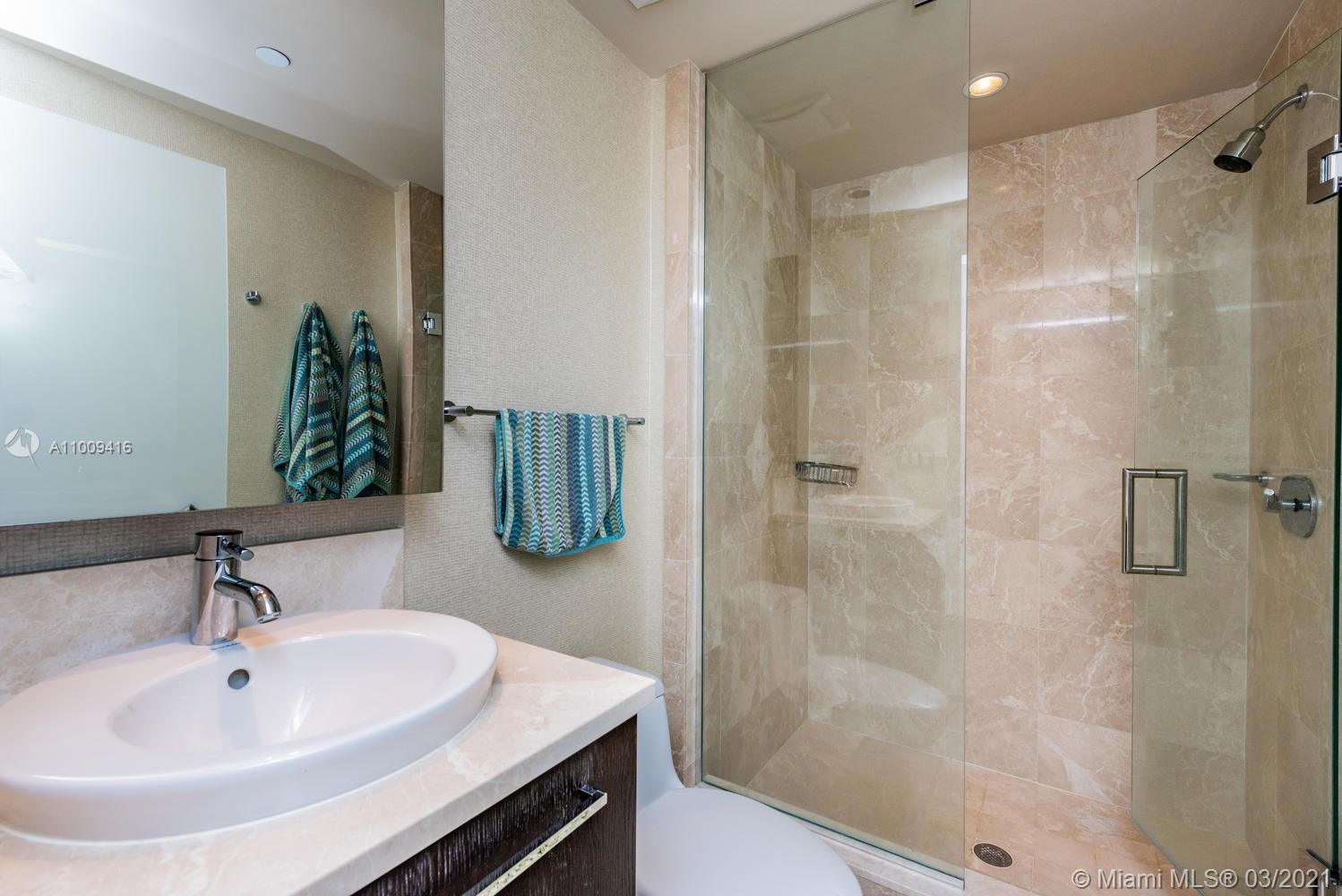 17121 Collins Ave #4301 photo043