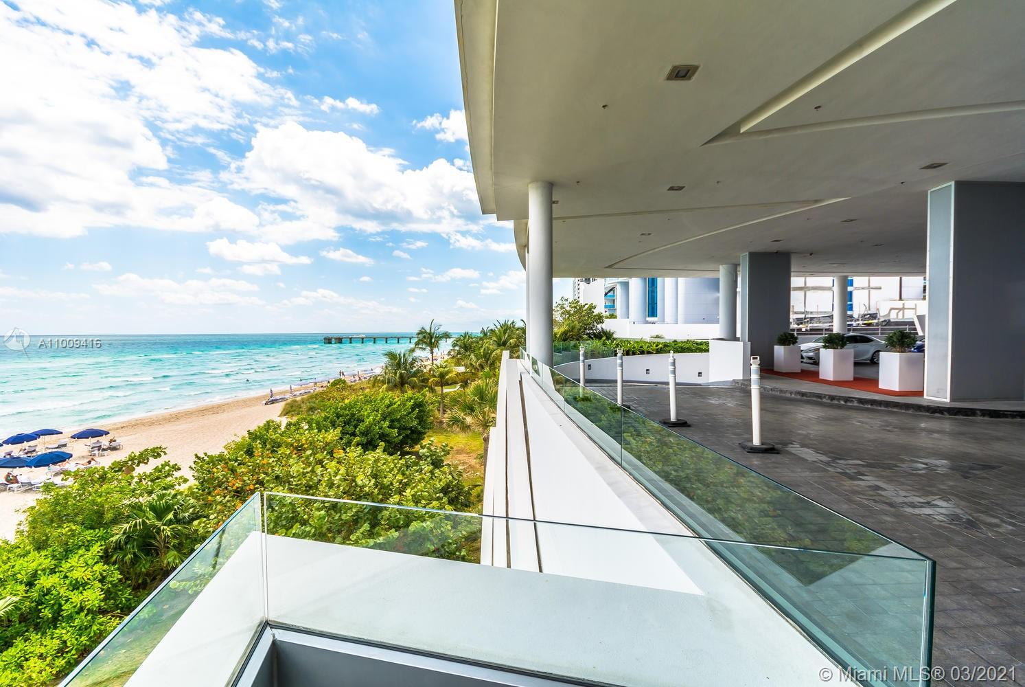 17121 Collins Ave #4301 photo03