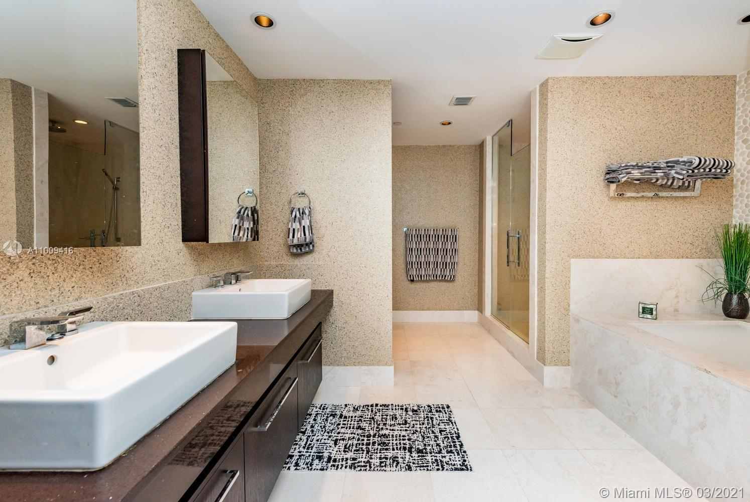 17121 Collins Ave #4301 photo055