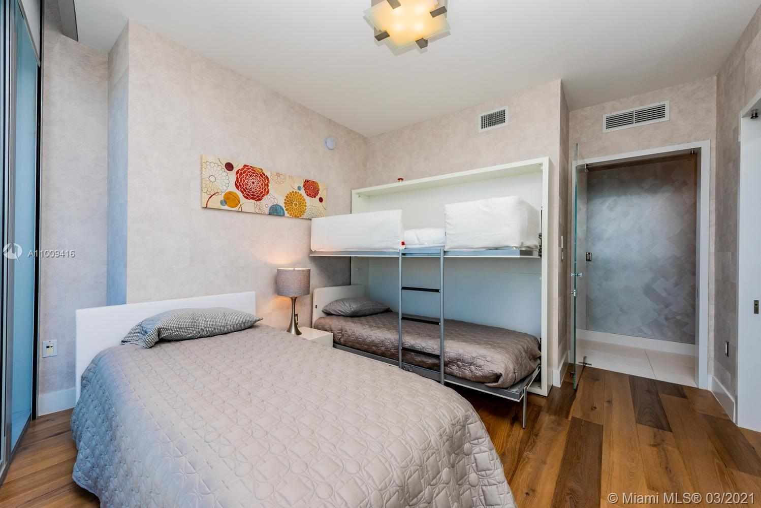 17121 Collins Ave #4301 photo044