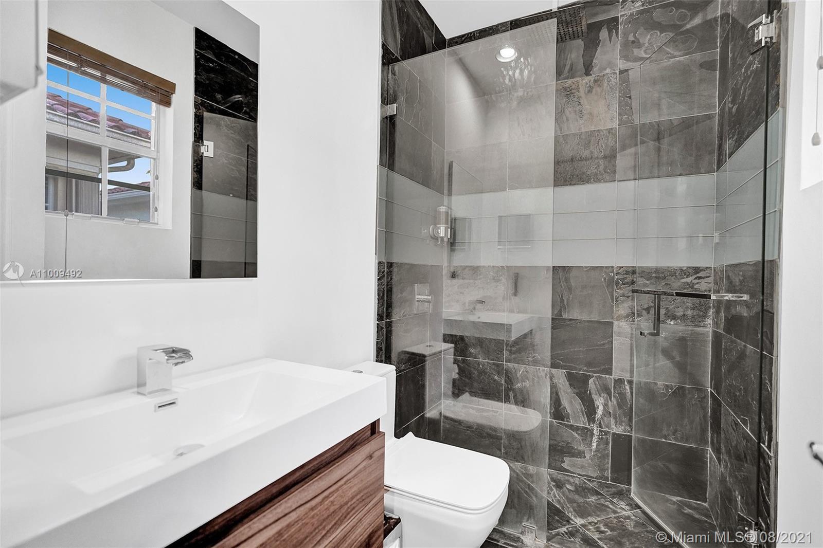 Bathroom 5- Up
