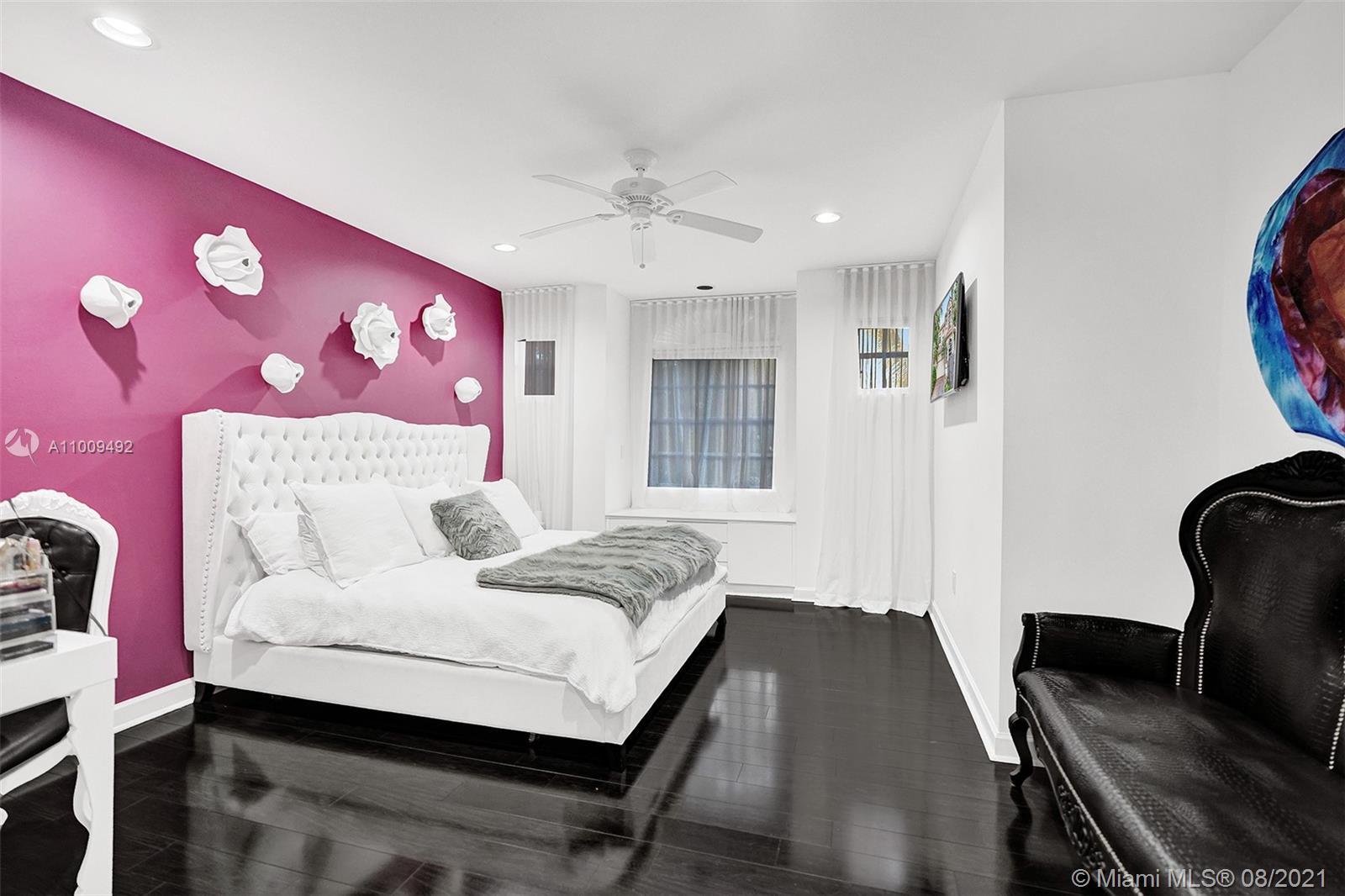 Bedroom2- Upstairs