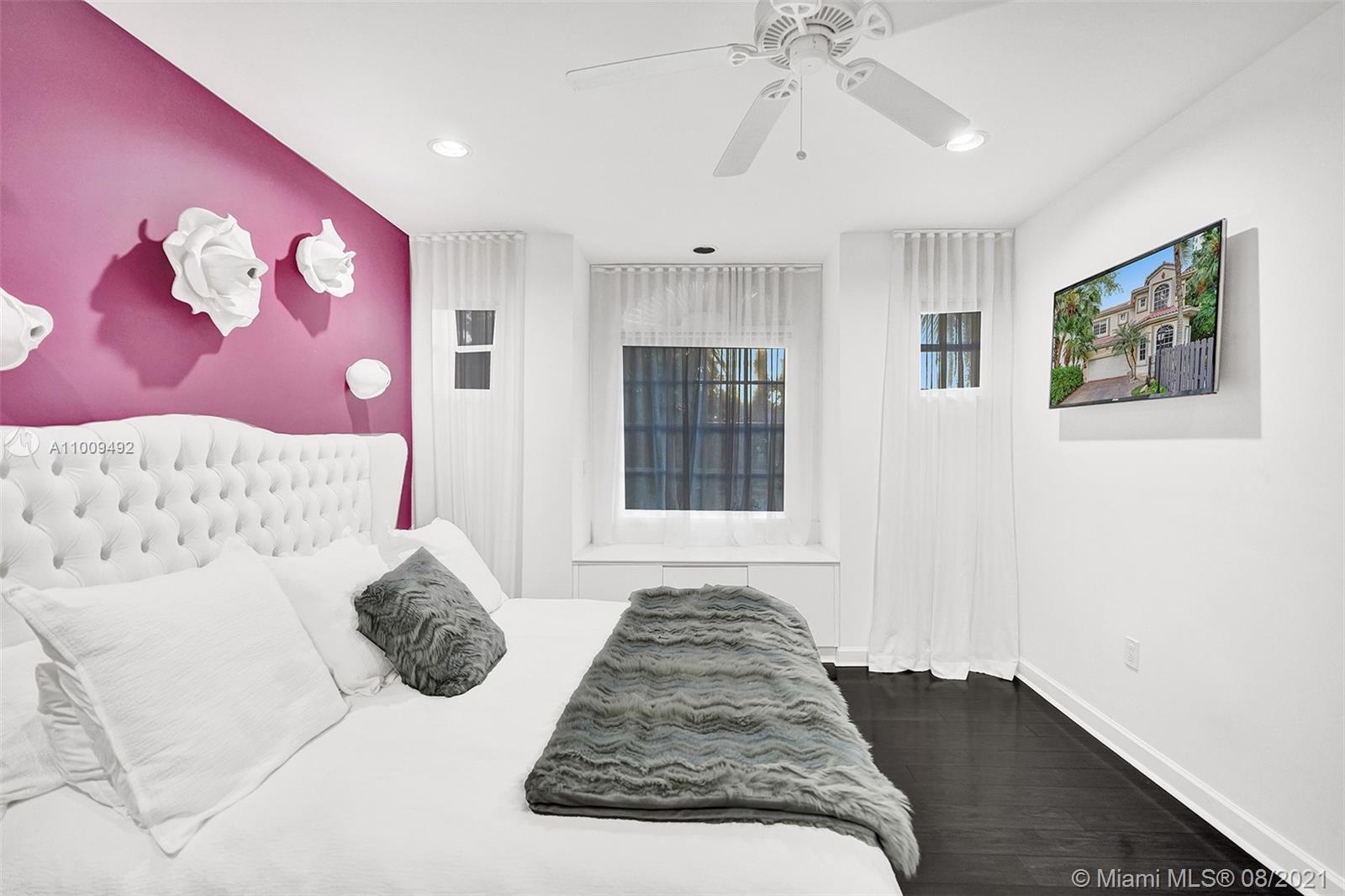 Bedroom 2- Up