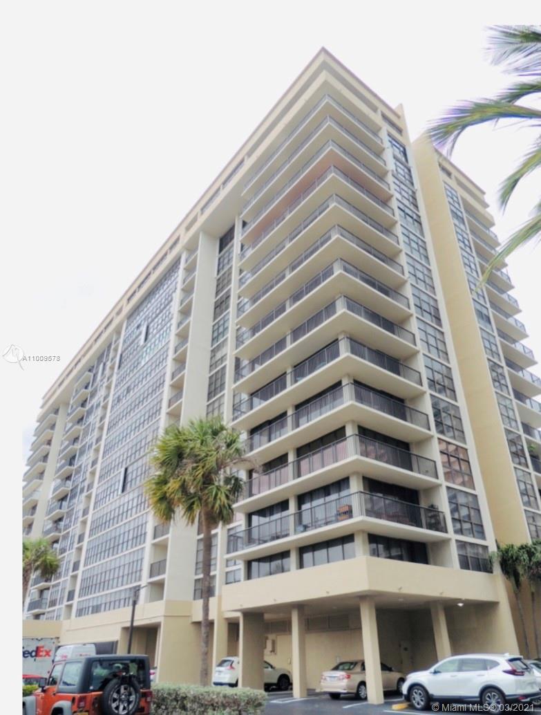 Avant Garde One #405 - 2017 S Ocean Dr #405, Hallandale Beach, FL 33009