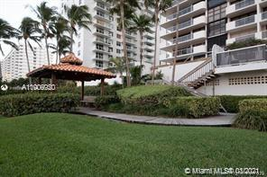 5757 W Collins Ave #1603 photo012