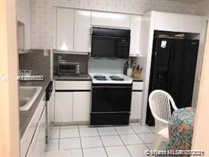 5757 W Collins Ave #1603 photo051