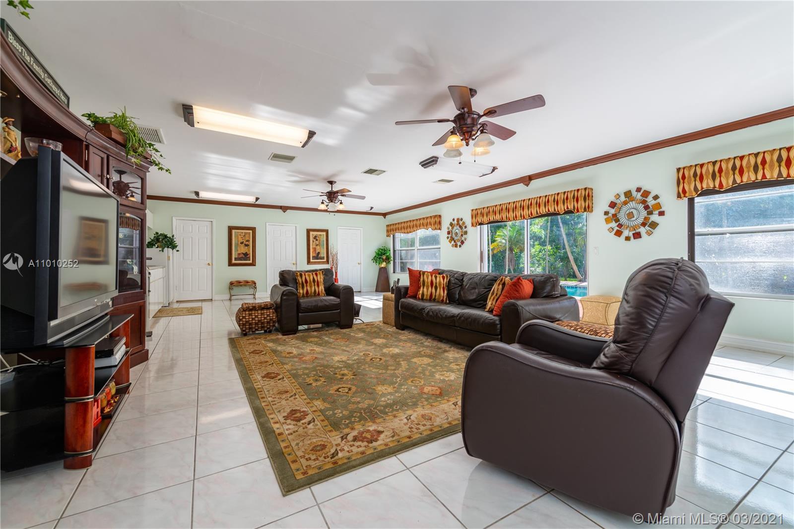 14135 N Miami Ave photo016