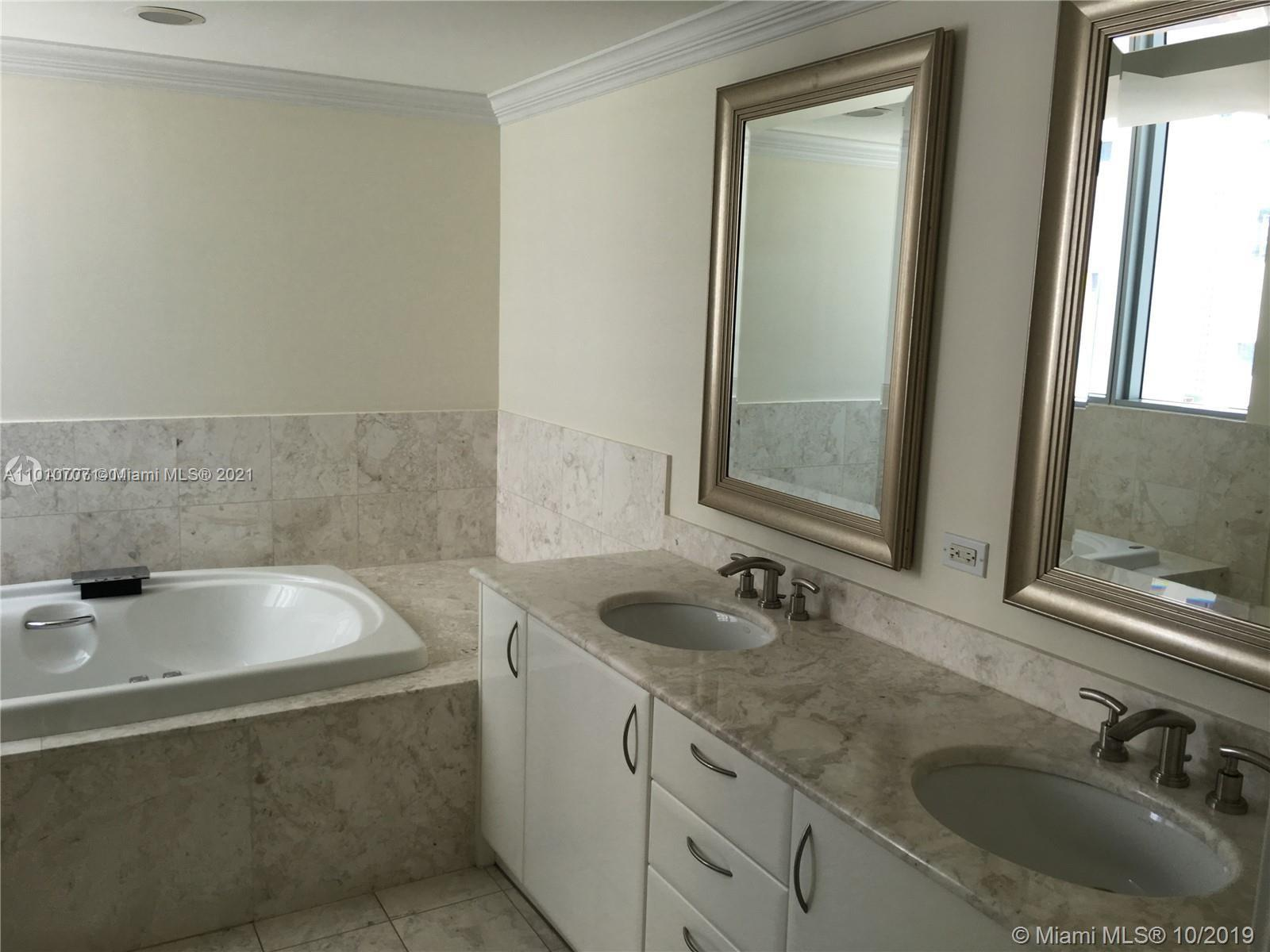 1331 Brickell Bay Dr #2508 photo019