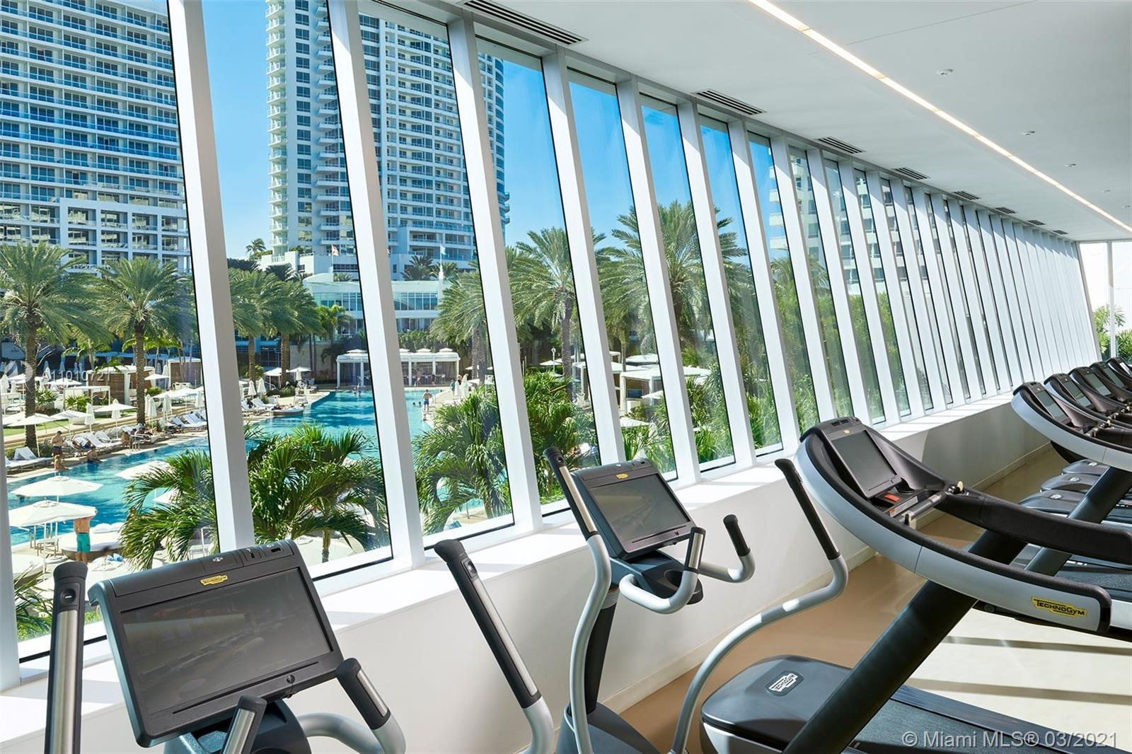 4391 Collins Ave #802 photo051