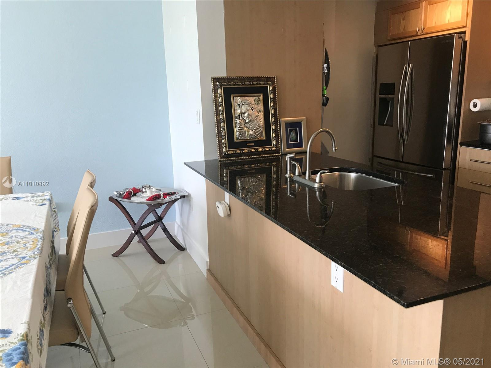 10275 Collins Ave #225 photo013