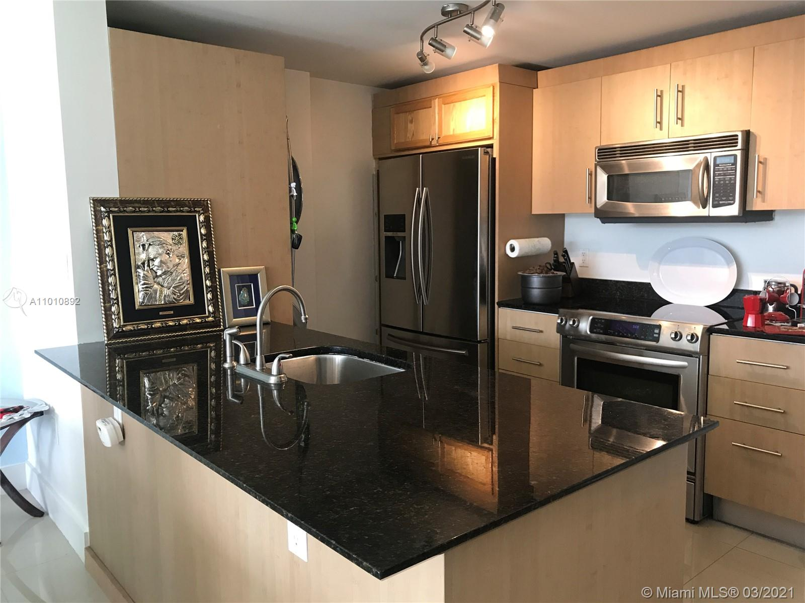 10275 Collins Ave #225 photo011