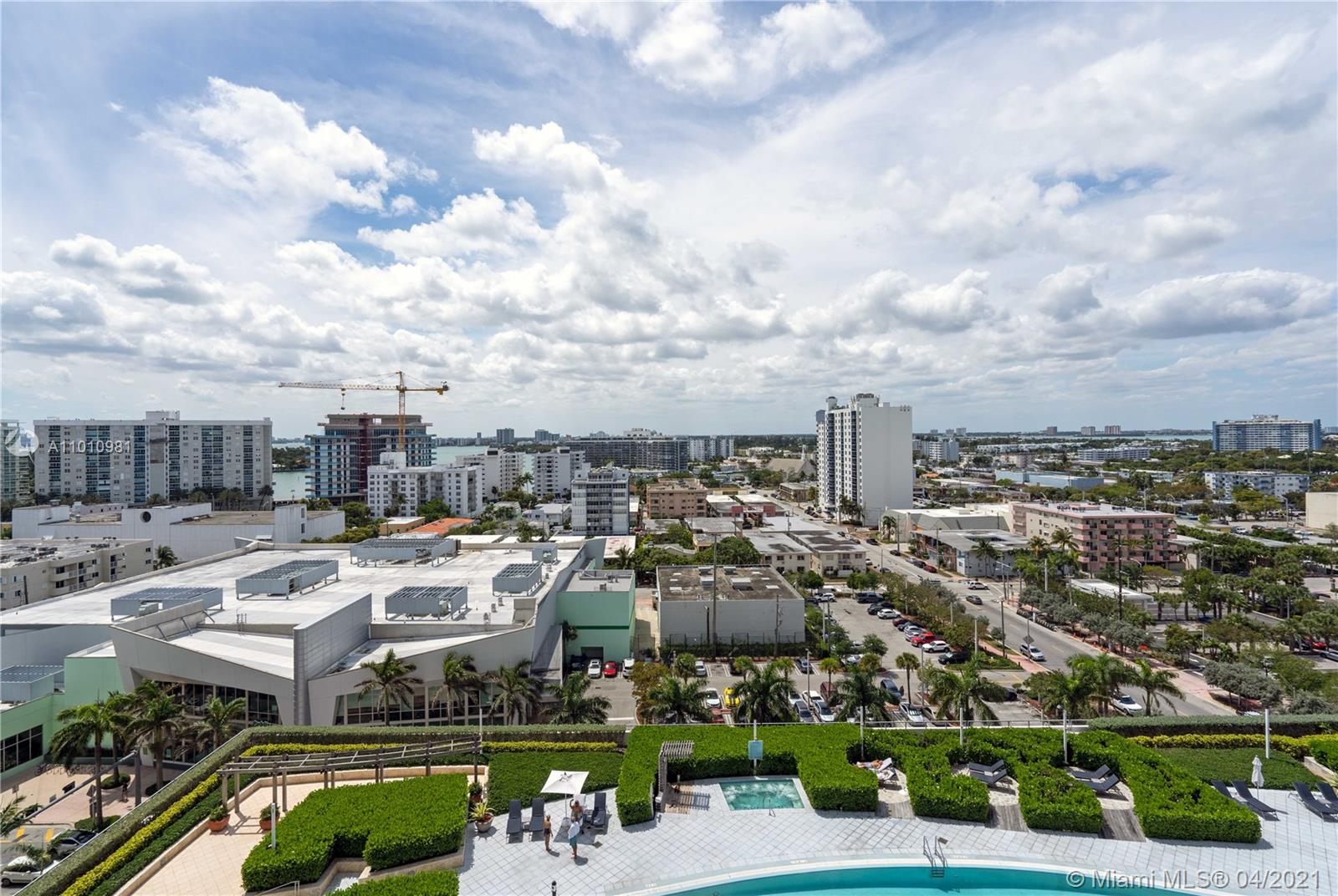 6899 Collins Ave #1210 photo017