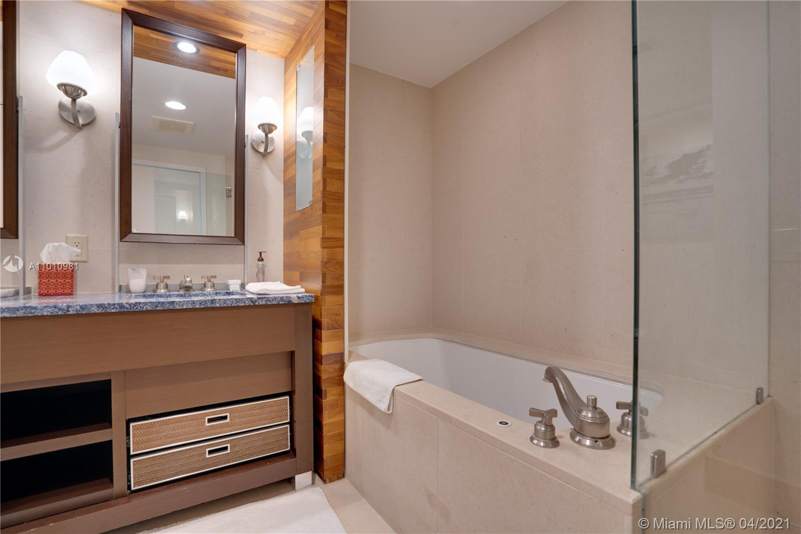 6899 Collins Ave #1210 photo021