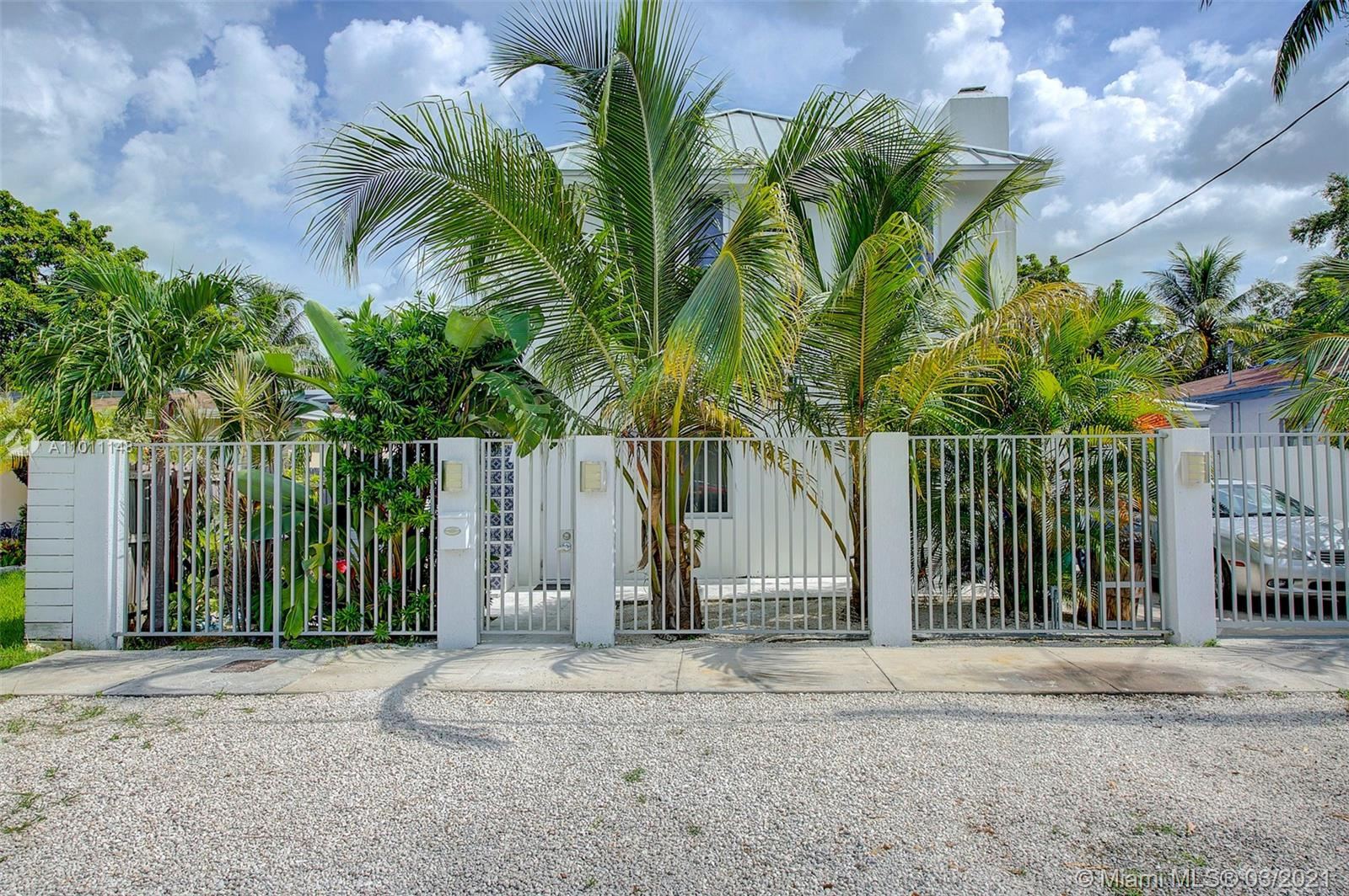Frow Homestead - 3427 Frow Ave, Miami, FL 33133