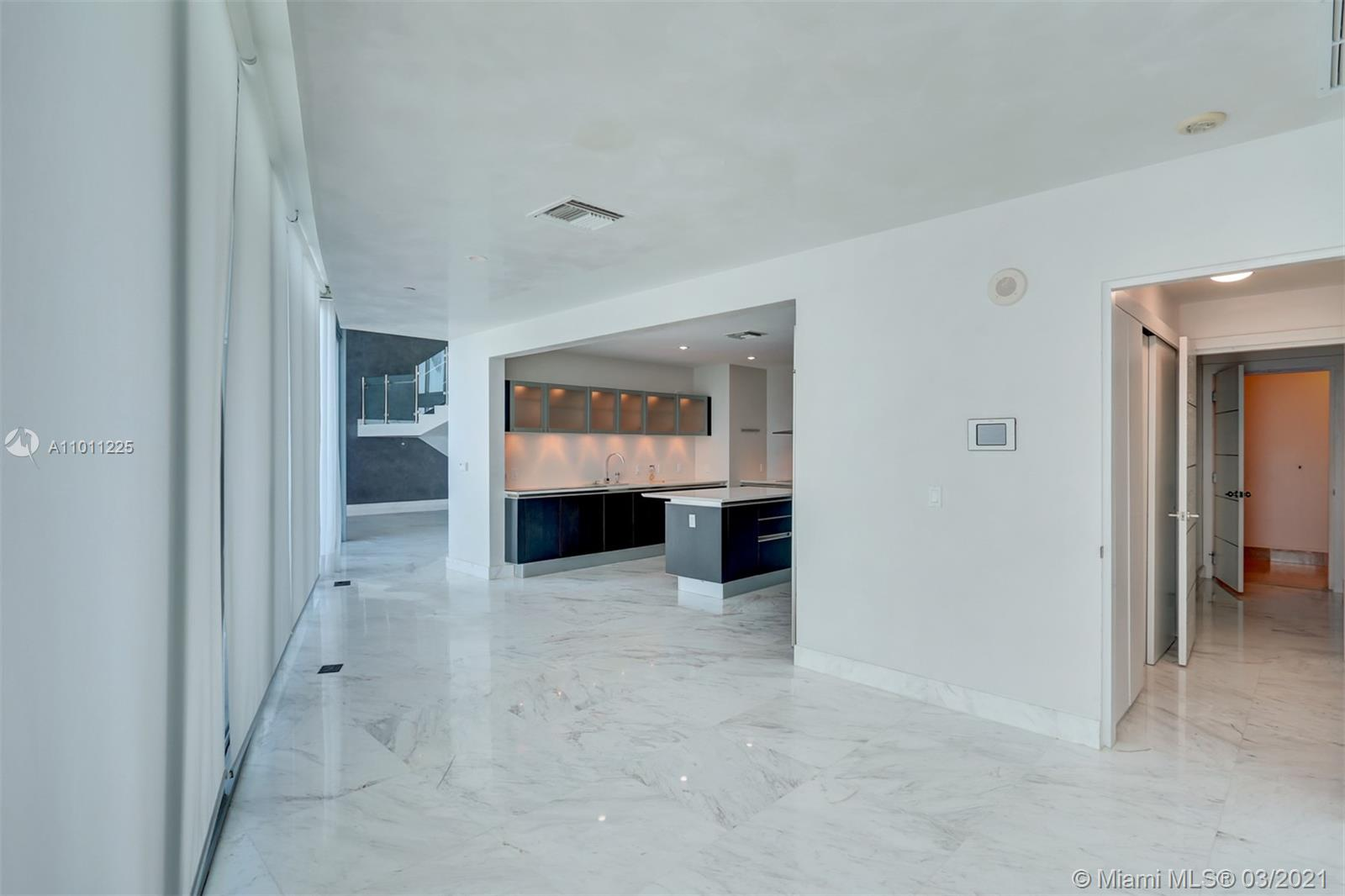 17001 Collins Ave #4505 photo07