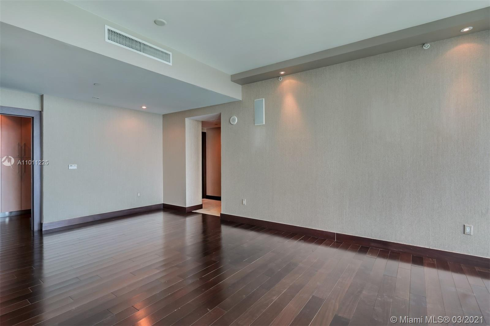 17001 Collins Ave #4505 photo030