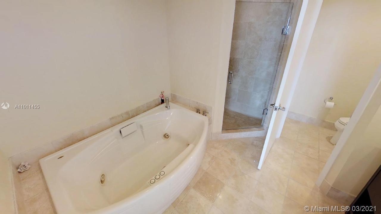 18201 Collins Ave #1207 photo016