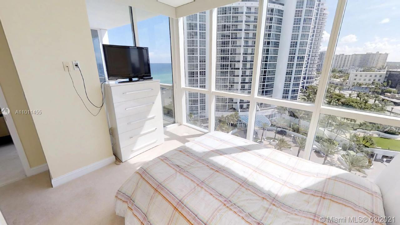 18201 Collins Ave #1207 photo011