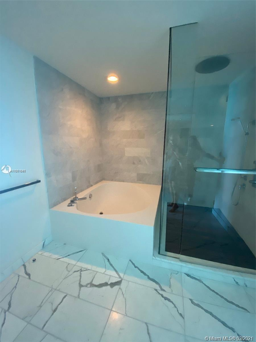 10203 Collins Ave #903 photo016